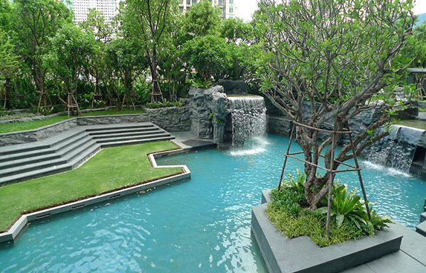 The-Address-Asoke-Bangkok-condo-for-sale-ground-floor-garden