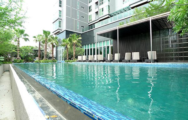The-Address-Asoke-Bangkok-condo-for-sale-swimming-pool-2